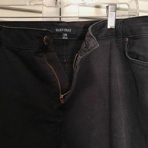Used Ellen Tracy Jeans in Black. Size 18W.